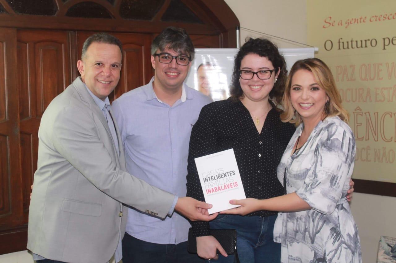 Lançamento do Livro Casais Inteligentes, Famílias Inabaláveis